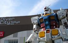 """Bức tượng """"cụ tổ"""" Gundam cao 18 mét đạt hơn 4 triệu lượt chụp ảnh selfie"""