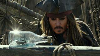 Johnny Depp - Cái tên gắn liền với danh cướp biển Jack Sparrow