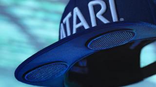 """Atari ra mắt mũ tương lai mang tên """"Speakerhat"""", vừa là mũ đội vừa là loa ngoài đồng bộ Bluetooth"""
