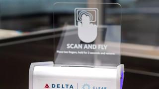 Không cần giấy tờ cá nhân hay vé, hãng hàng không Mỹ cho phép khách lên máy bay bằng cách quét vân tay