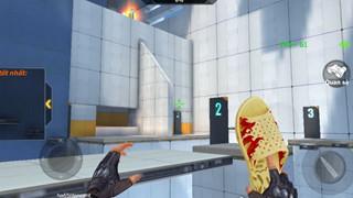 Crossfire Legends: Dép Tổ Ong và Trứng Thối biến thành vũ khí chết người trong game