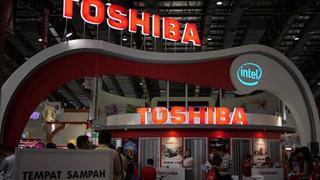 Sau mảng chip nhớ, giờ đây mảng TV của Toshiba cũng phải ra đi vì nợ nần