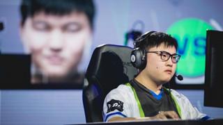 LMHT: Siêu Sao Trung Quốc đánh bại Hàn Quốc, chễm chệ bước vào Chung Kết