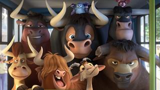 """Review Phim""""Ferdinand"""": Hành trình của chú bò tót yêu hoa cỏ"""