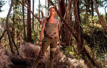 Alicia Vikander bị chê bai không hợp vai Lara Croft vì ngực quá nhỏ