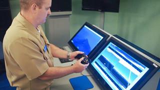 Ngỡ ngàng trước sự thật tàu ngầm hiện đại nhất của hải quân Hoa Kỳ được điều khiển bởi… bộ tay cầm Xbox 12 năm tuổi