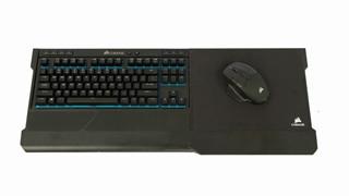 Trên tay nhanh bộ gaming gear không dây của Corsair có giá bằng cả dàn máy tính chơi game