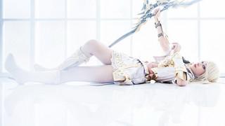 Lineage 2 Revolution: Ngắm nhìn bộ cosplay Tiên Nữ trong trắng thuần khiết hút hồn game thủ
