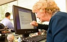 Đây là cách là người lớn sử dụng công nghệ, nhìn thôi cũng không nhìn được cười