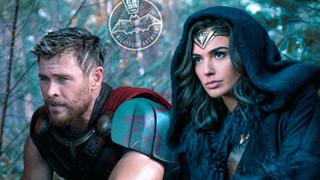 Sẽ như thế nào nếu cả Marvel và DC cùng về chung một mái nhà?