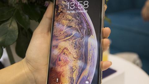 Trải nghiệm nhanh iPhone Xs Max Silver 256GB đầu tiên tại Việt Nam