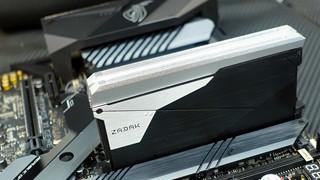 ZADAK ra mắt RAM SHIELD Double Capacity DDR4 32GB 1 thanh dành cho Mainboard Z390 ASUS ROG