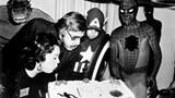 Stan Lee những hình ảnh đáng nhớ trong sự nghiệp của ông và giai thoại về người đàn ông đã sáng lập nên Marvel