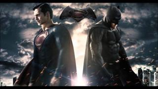 Lý giải vì sao Batman vẫn luôn cool ngầu hơn Superman