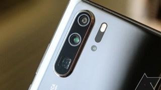 Google cấm cửa Huawei dùng hệ điều hành Android, người dùng hoang mang liệu điện thoại có biến thành gạch