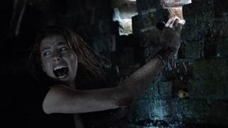 Bộ đôi vàng trong làng phim kinh dị bắt tay trong Địa đạo cá sấu tử thần