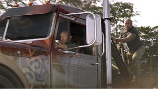 Review Fast & Furious: Hobbs & Shaw - Xem cặp đôi hoàn cảnh giải cứu thế giới