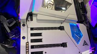 ASRock chính thức ra mắt X570 AQUA và giới hạn chỉ có 999 mẫu