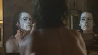 Joker (2019): 21 bức ảnh hé lộ thế giới điên loạn từ một Arthur Fleck đến gã khủng bố nguy hiểm Joker