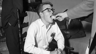 Randy Gardner - Chàng trai với kỷ lục thức 11 ngày liền và  60 năm mất ngủ trầm trọng