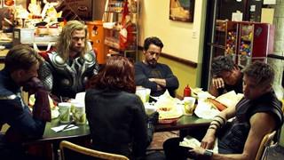 Lý do Captain America không ăn Shawarma cuối đoạn after-credit trong The Avengers 2012