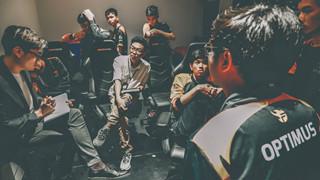 LMHT: Drama Team Flash và SGD căng thẳng dâng cao, săp có video bóc phốt cực mạnh