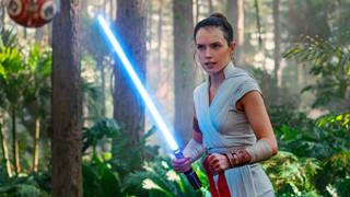 Tác giả Star Wars: Rise of Skywalker đã nghĩ đến cái kết trong quá trình viết