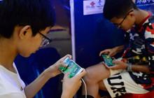 Trẻ em Trung Quốc bắt đầu biết lách luật để có thể được chơi game nhiều hơn