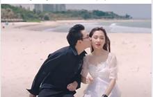 """Thầy Ba bất ngờ đăng ảnh """"đốt nhà"""" Noway hôn tình tứ cô Mina Young"""