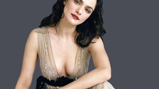 """Nhan sắc nóng bỏng của nàng """"Bond Girl"""" đời thực của """"Điệp viên 007"""" Daniel Craig"""