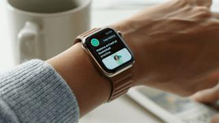 Apple Watch Series 6: Chip U1, hỗ trợ sạc nhanh, Wifi 5Ghz, tương thích Solo Loop và Braided Solo