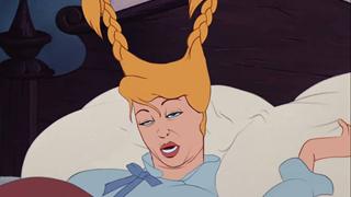 Cười té ghế với loạt ảnh bị dìm không thương tiếc của các công chúa Disney