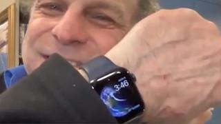 Apple Watch lại cứu sống người đàn ông mắc kẹt trong tảng băng tại Somersworth