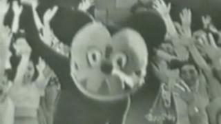 Cộng đồng Weibo dậy sóng khi thấy hình ảnh chuột Mickey thời sơ khai, trông chả khác gì phim kinh dị