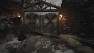 Resident Evil Village có thêm mod giúp đa dạng vũ khí cận chiến cho Ethan