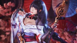 Xuất hiện loạt ảnh cosplay Raiden Shogun đẹp hơn cả bản gốc trong Genshin Impact!