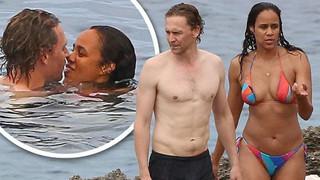 Dân tình quắn quéo trước loạt ảnh tình tứ của tài tử Loki với bạn gái bên bờ biển