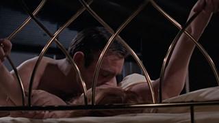 Đạo diễn của No Time To Die lên án cảnh sex của diễn viên Điệp viên 007